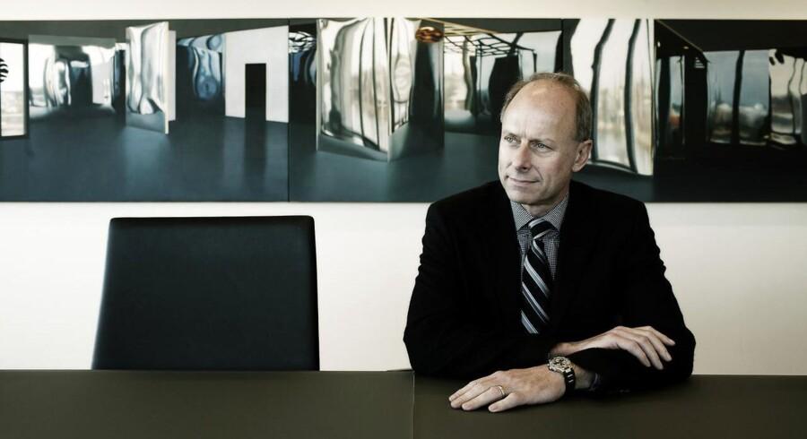 Omsætningen i softwareselskabet Simcorp rundede de 2 mia. kr. i 2015. Selskabets administrerende direktør, Klaus Holse er godt tilfreds med tallene - især fordi man ikke fik hul på det vigtige amerikanske marked sidste år.
