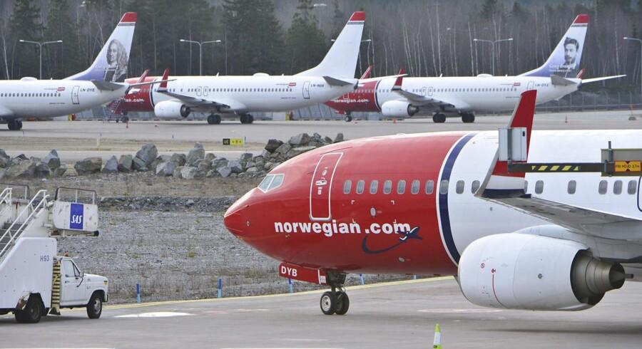 Norwegian købte i sidste uge 19 Boeing 787-9 Dreamliner langdistancefly, der ifølge de officielle listepriser koster 257 millioner dollar svarende til knap 1,7 mia. danske kroner. Det giver en samlet pris for de 19 fly på over 32 mia. kroner.