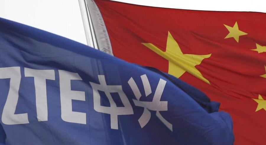 Den kinesiske mobilleverandør ZTE og den større konkurrent Huawei beskyldes af EU for at kæmpe sig ind i Europa ved at underbyde europæiske firmaer med kinesisk statsstøtte i ryggen. Foto: Tyrone Siu, Reuters/Scanpix