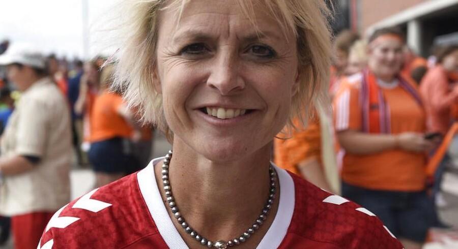 Kommissionen, der skal fremme kvindefodbold, vil tvinge superligaklubber til at oprette elitehold for kvinder.