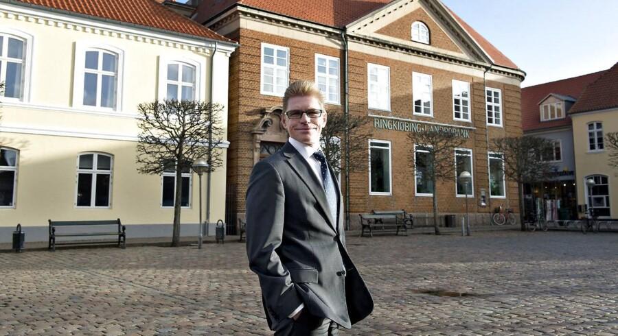 John Fisker, direktør i Ringkjøbing Landbobank, er endnu engang på vej til at levere et rekordregnskab.