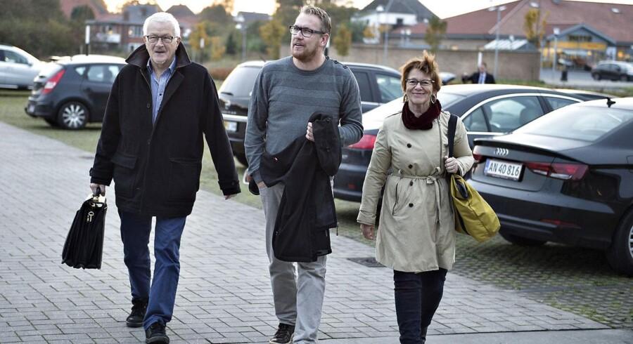 Vestre Landsret i Viborg behandler i disse dage en sag om swap-lån mellem Jyske Bank og andelsboligforeningen Engskoven i Skødstrup. Her repræsentanter for Engskoven med talsmand Lund Poulsen til venstre.