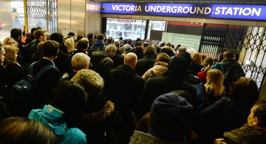 Arkivfoto. De ansatte i Londons »tube« nedlægger arbejdet efter forhandlinger om kompensation i forbindelse med planer om natkørsel strandede.