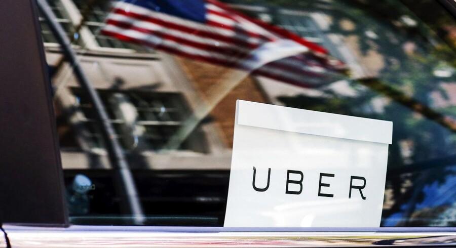 I et forsøg på at få bedre løn og arbejdsforhold har omkring 1000 af New Yorks 50.000 Uber-chauffører organiseret sig under navnet Alles, skriver nyhedsbureauet AFP. Arkivfoto.