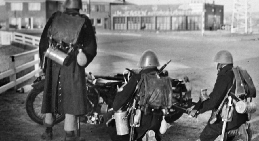 Tyske tropper rykker frem gennem Aabenraa om morgenen den 9. april 1940.