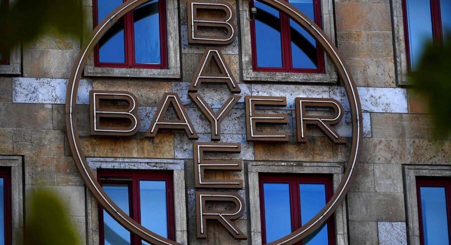 Tyske Bayer kan angiveligt allerede i næste uge nå en aftale om køb af sin amerikanske rival, Monsanto, hvilket i givet fald vil skabe verdens største producent af såsæd og pesticider. (Arkivfoto)