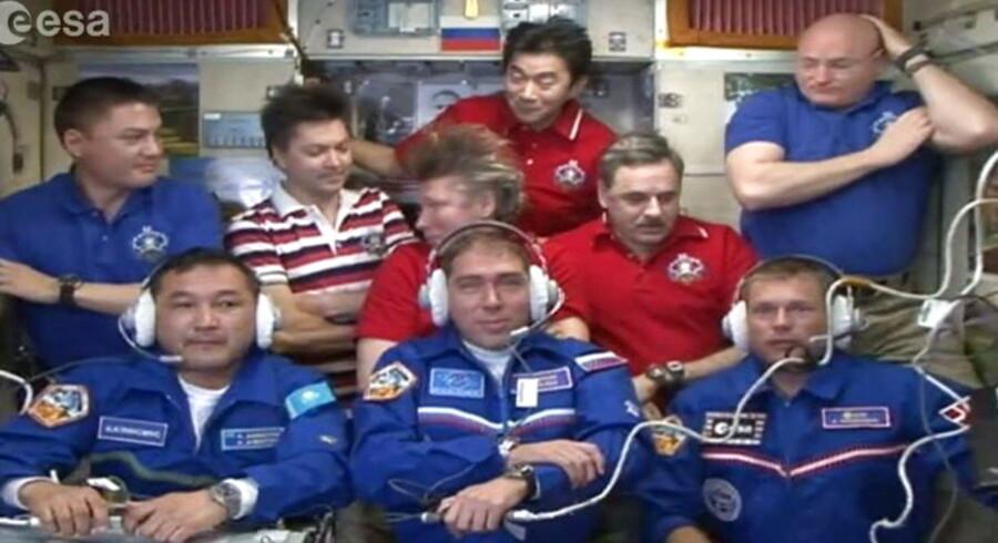 Glædesstrålende svævede Andreas Mogensen som den første dansker ind på den internationale rumstation efter en tur på 34 gange rundt om Jorden i en rumkapsel. Foto: EPA/EUROPEAN SPACE AGENCY, ESA