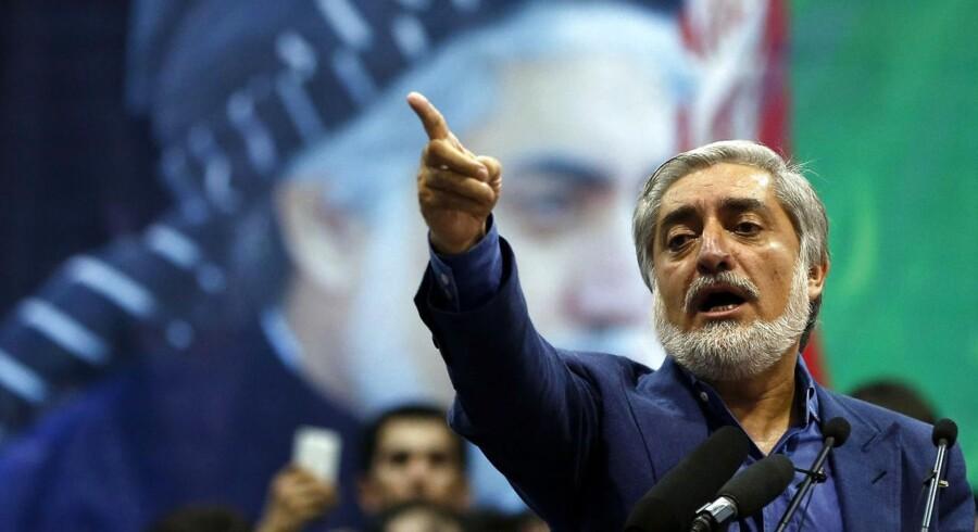 Præsidentkandidat Abdullah Abdullah holder tale i Kabul tirsdag 8. juli REUTERS/Omar Sobhani