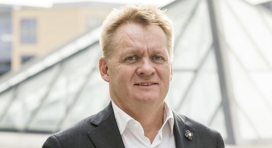 IBMs nye danske topleder betegner sig selv som en behagelig type, der er god til at sætte teams sammen. Men man skal ikke tage fejl – han kan også træffe beslutninger. Foto: IBM