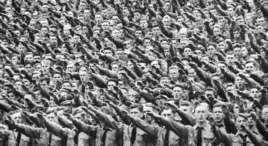 ARKIVFOTO. Hitlerjugend aflægger ed.