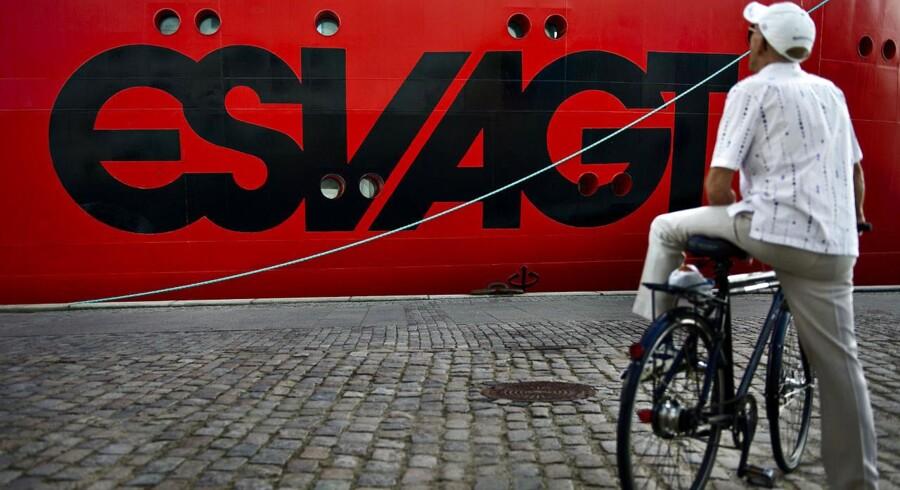 A.P. Møller - Mærsk sælger rederiet Esvagt for 2,3 milliarder kroner.