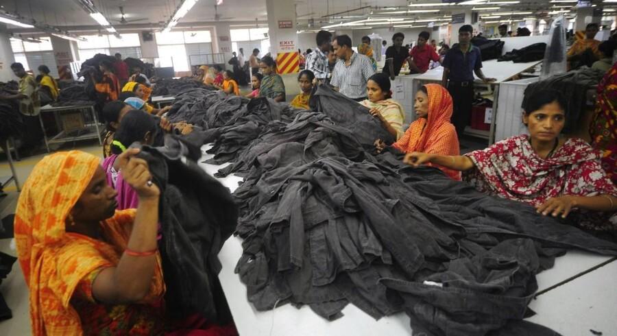 Såvidt har 50 internationale virksomheder tilsluttet sig den internationale Bangladesh-aftale om brand- og bygningssikkerhed.