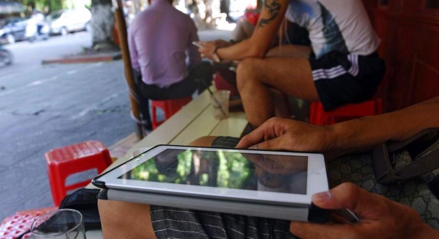 Trådløse forbindelser er blevet en fast del af hverdagen for de fleste. Hastigheden afhænger dog af det enkelte udstyr, og nu sparker Samsung hastigheden opad. Arkivfoto: Hoang Dinh Nam, AFP/Scanpix