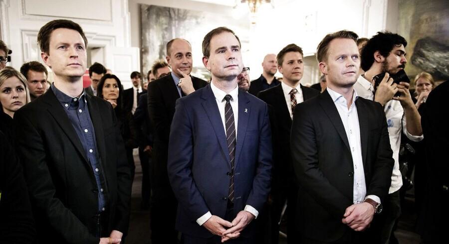 »Socialdemokraterne tager et ansvar for Danmark i en meget vanskelig situation, og vi vil gerne samarbejde med alle Folketingets partier om det,« siger Wammen