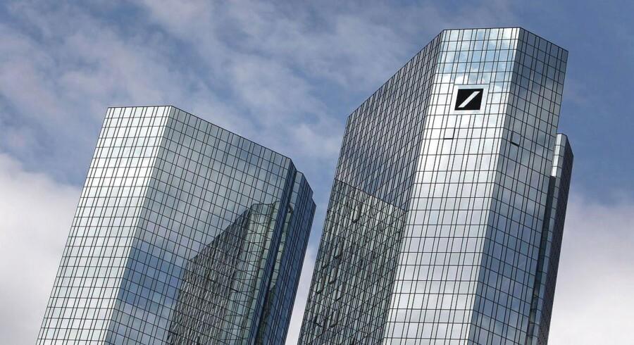 En af de centrale personer i efterforskningen er lederen af Deutsche Banks russiske aktieafdeling, Tim Wiswell, der sammen med en række andre medarbejdere er blevet bortvist i forbindelse med efterforskningen.