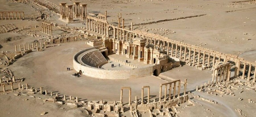 Et luftbillede af dele af den antikke by Palmyra - den 2000 år gamle metropolis i Syrien, der nu er indtaget af Islamisk Stat. UNESCO frygter for, at Islamisk Stat vil ødelægge fortidsminderne.