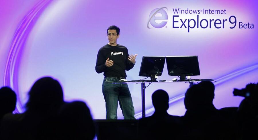 Softwareselskabet Microsoft har udsendt et såkaldt Fix It-program til at lappe et sikkerhedshul i Internet Explorer, indtil en eventuelt sikkerhedsopdatering sendes ud. Her er det Internet Explorer 9, der blev præsenteret tilbage i 2010 i betaversion. Arkivfoto: Robert Galbraith / Reuters / Scanpix