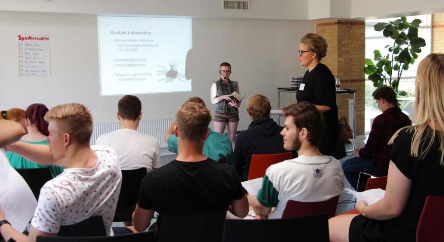 Gymnasieelever bør se Muhammed-tegninger, mener Anne-Birgitte Rasmussen, formand for gymnasieskolernes rektorforening.