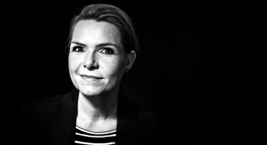 Radikale Ungdom revser integrationsminister Inger Støjberg (V) for hendes idé om at indrykke annoncer i internationale aviser, som fraråder flygtninge at tage turen til Danmark.