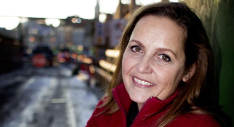 SF-formand Pia Olsen Dyhr vil have sparket gang i nye job i en fart – og bliver det nødvendigt at slå kludene sammen med de borgerlige for at få det til at ske, er det ikke udelukket: »Regeringen nedskriver igen og igen væksttallene, og der er et ekstremt behov for at få skabt nogle nye arbejdspladser,« siger Pia Olsen Dyhr.