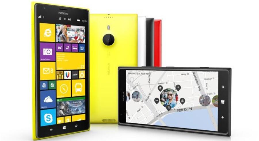 Kameraet i den nye kæmpetelefon, Lumia 1520, byder på 20 megapixel og har optisk billedstabilisering. Skærmen måler seks tommer. Foto: Nokia