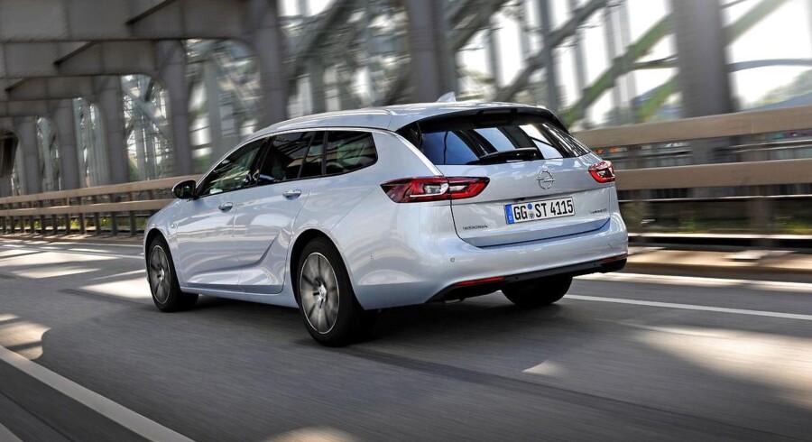 Opel kører privatleasing på sin største model, Insignia. Den fås til priser fra 3.295 kr. om måneden efter en førstegangsydelse på 14.995 kr.