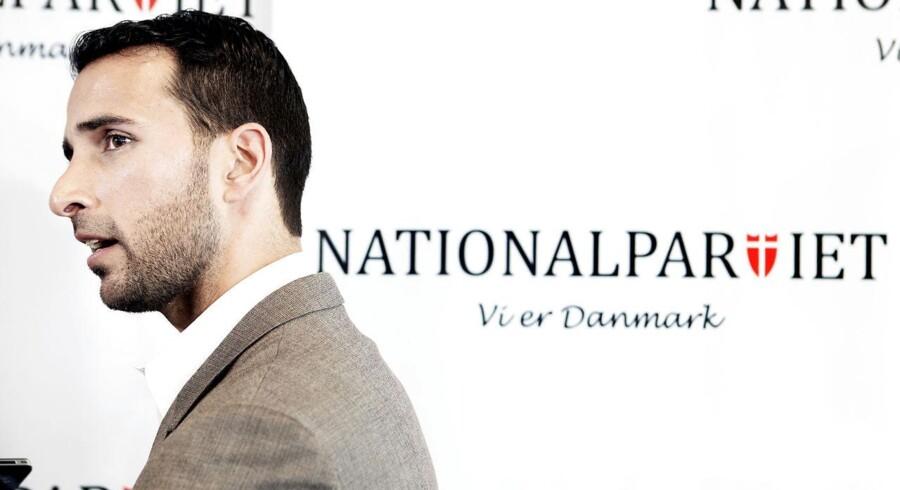 Kashif Ahmad har sammen med sine to brødre stiftet Nationalpartiet.