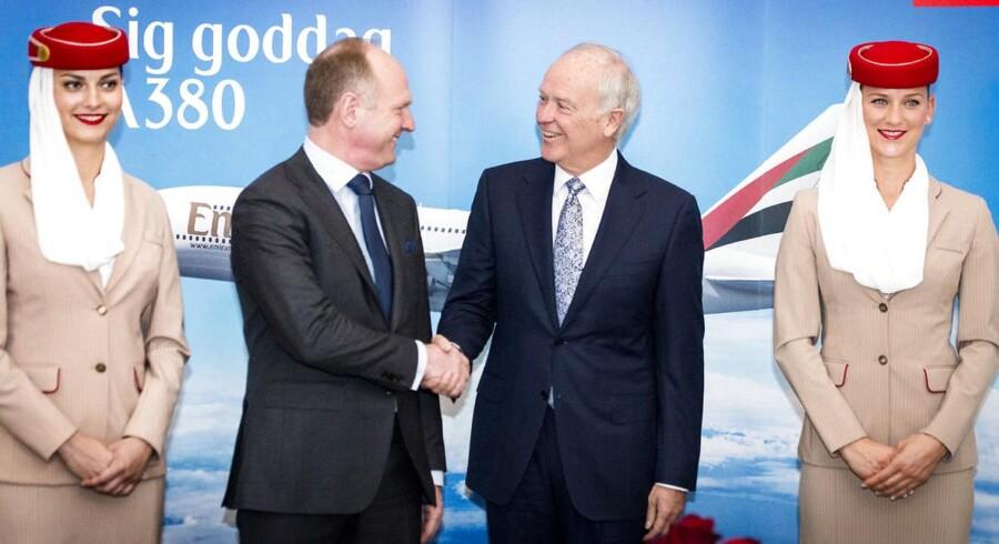 Emirates' administrerende direktør Sir Tim Clark og administrerende direktør i Københavns Lufthavn, Thomas Woldbye, i nyt samarbejde om at give plads til verdens største passagerfly A380.