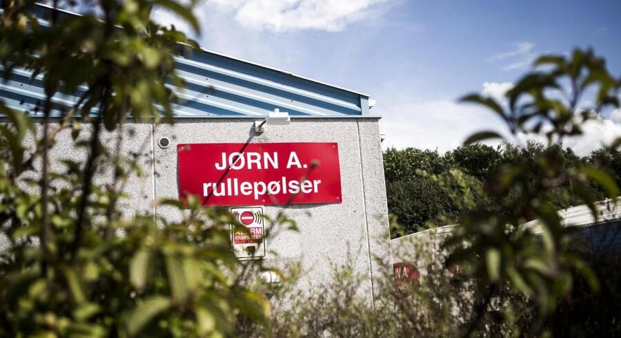 Virksomheden Jørn A. Rullepølse er centrum for de danske problemer med listeria.