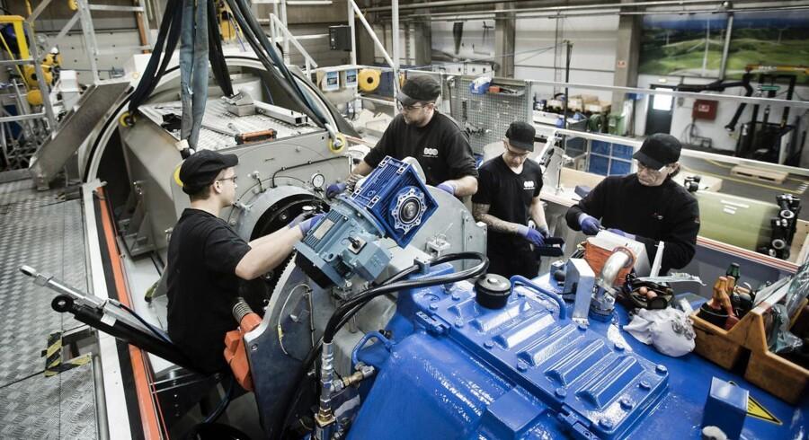 Sidste år steg lønningerne for ingeniører i gennemsnit med omkring fire procent, oplyser ingeniørernes fagforening, Ingeniør-foreningen IDA. Arkivfoto ffra Siemens, der tidligere har klaget over manglen på kvalificeret arbejdskraft.