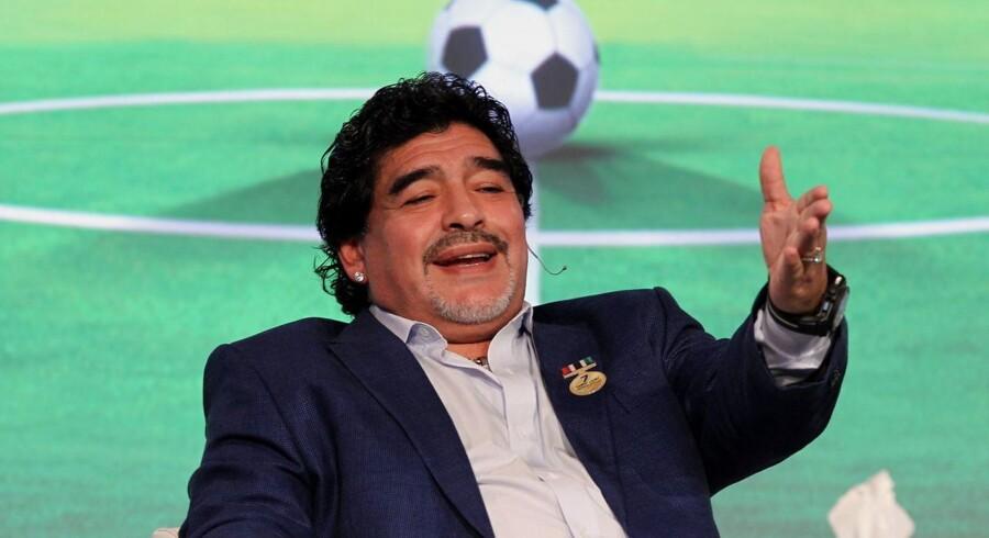 Diego Maradona tordner mod FIFA.