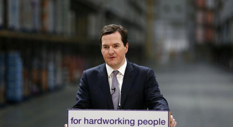 Den britiske finansminister George Osborne imod EUs bonusregler, som han mener vil skade den europæiske finanssektors konkurrenceevne.