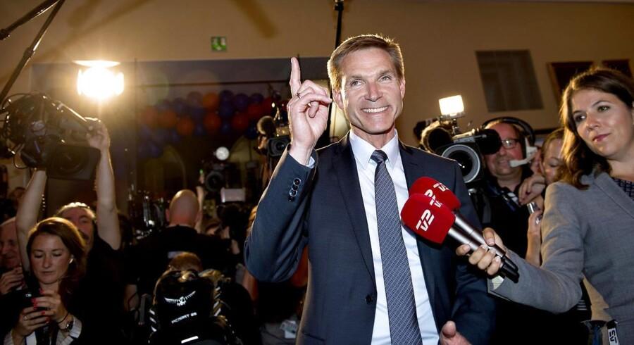 Kristian Thulesen Dahl (DF) ankommer Dansk Folkeparti holder valgfest i Snapstinget på Christiansborg på valgdagen.