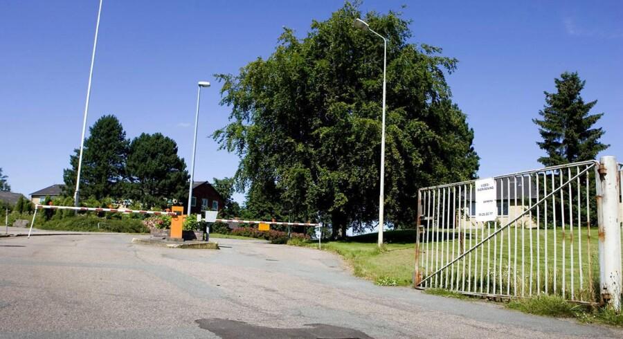ARKIVFOTO. Regeringen planlægger at etablere et nyt udrejsecenter for afviste asylsøgere med op til 700 pladser på Sjælsmark Kaserne (foto) i Hørsholm kun to kilometer fra Center Sandholm i Allerød, der har 600 pladser.