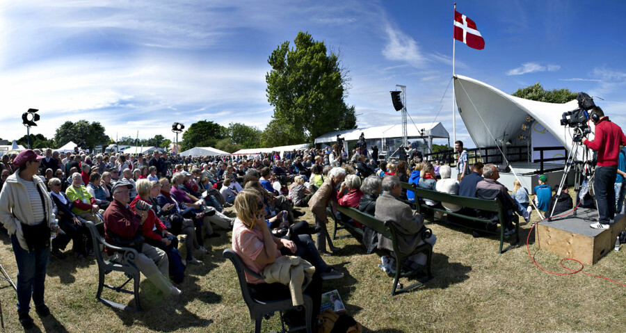 Det græske parti Gyldent Daggry får lov til at deltage i årets folkemøde på Bornholm til juni.