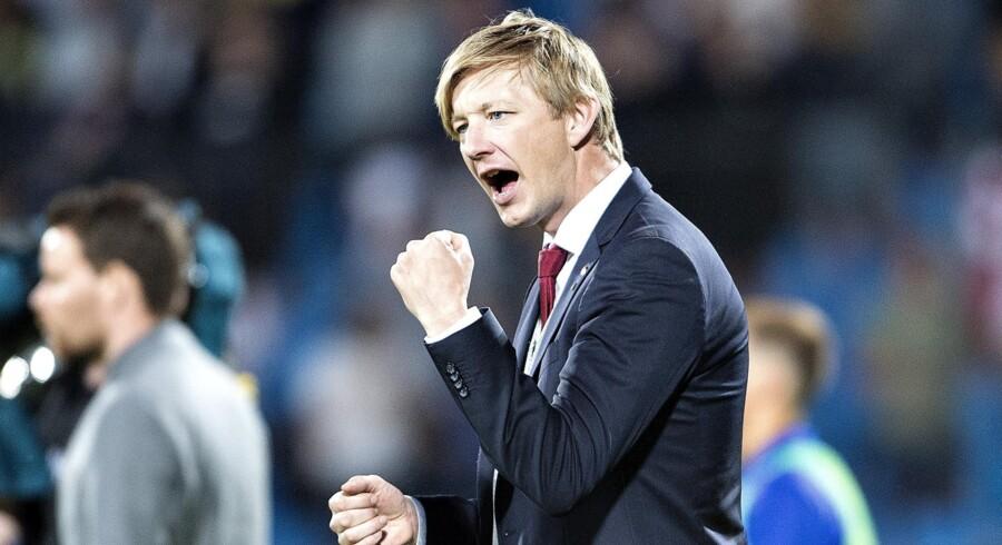 AaB-sportsdirektør Allan Gaarde, som her ses juble over en sejr over FC København, ønsker at komme styrket ud af sommerens transfervindue. Henning Bagger/Ritzau Scanpix