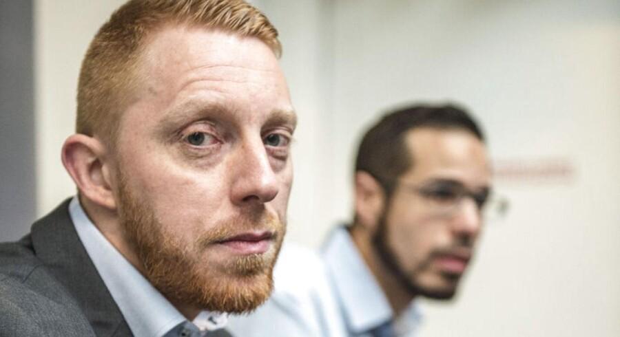 Hizb-ut Tahrir holdt debatmøde med foregående pressemøde i Nørrebrohallen oven på terrorangrebet i Kbh. I forgrunden Junes Kock - medierepræsentant for Hizb-ut Tahrir Skandinavien og bagved Elias Lamrabet. Arkivfoto.