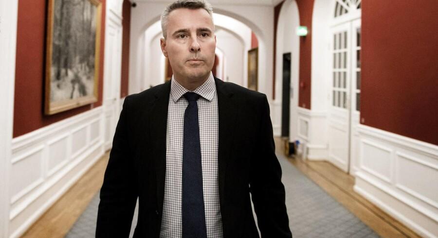 Henrik Sass Larsen langer ud efter BT, der skriver om S-formand Mette Frederiksen på baggrund af fortrolige oplysninger.