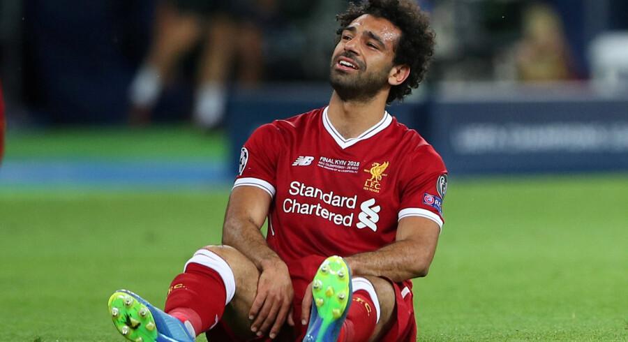 Liverpool-angriberen Mohamed Salah kunne med det samme mærke, at den var helt gal i skulderen i lørdagens Champions League-finale mod Real Madrid. Hannah Mckay/Reuters