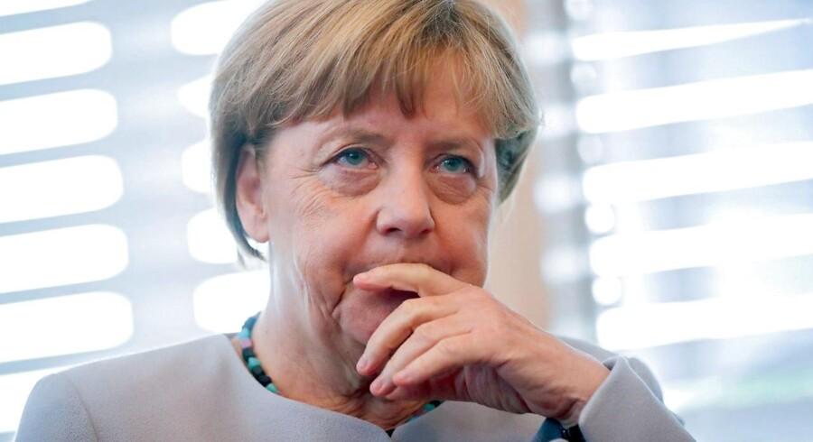 Tyske kansler Angela Merkel kan ikke smile over det netop offentliggjorte Zew-indeks.