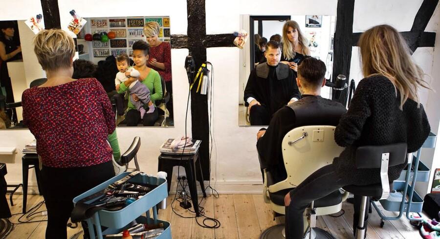 ARKIVFOTO. Ligebehandlingsnævnet skal ikke forholde sig til generelle ting, såsom forskelsbehandling mellem kvinder og mænd, som går i swingerklub eller til frisøren.