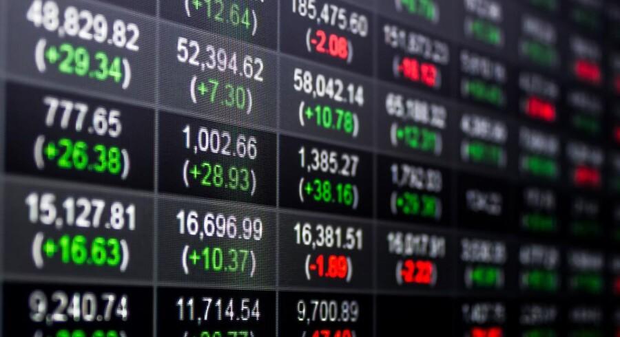 De asiatiske aktiemarkeder ligger overordnet blandet onsdag morgen, hvor fald i de kinesiske markeder trækker det brede MSCI-indeks uden for Japan ned.