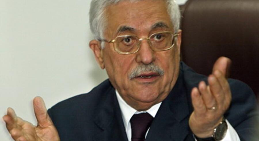 Tilfalder kontrollen over Gaza-striben Mahmoud Abbas eller Hamas? Svaret kan afgøre palæstinensernes skæbne. Fotos: Reuters/AFP