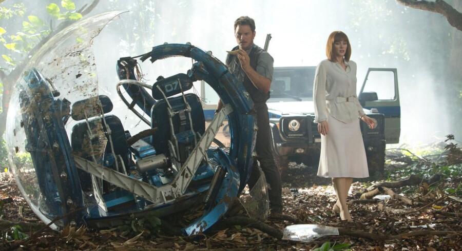 Den nyeste og fjerde film i serien om Jurassic Park er blandt de store filmproduktioner, der i år skal lokke danskerne ind i biografernes mørke.