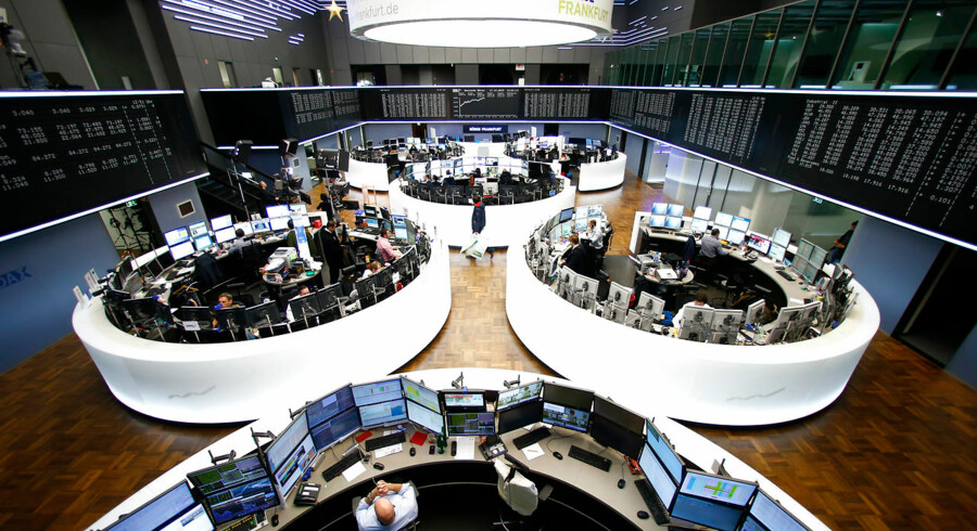 A general view of the trading floor of Frankfurt stock exchange in Frankfurt, , Germany, December 17, 2015. European shares surged on Thursday as investors took the U.S. Federal Reserve's interest rate rise and the prospect of further tightening as a sign of confidence in the world's biggest economy. REUTERS/Ralph Orlowski