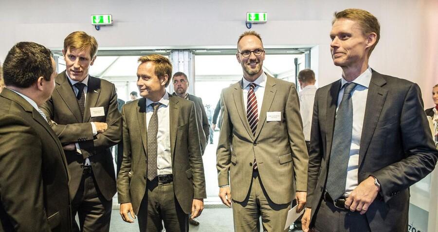 DONG-toppen kommer formentlig ikke til at starte sin børstilværelse i C20, vurderer Nordnet. Her er det chefen for DONGs Wind Power Samuel Leupold (t.v.), bestyrelsesformand i DONG, Thomas Thune Andersen, adm. direktør i Lego, Jørgen Vig Knudstorp, samt topchef i DONG, Henrik Poulsen.