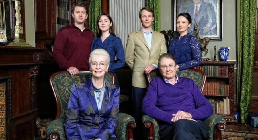 Sådan ser den danske kongefamilie ud i »Mary: En kronprinsesse bliver til«. Foto: Kanal 4