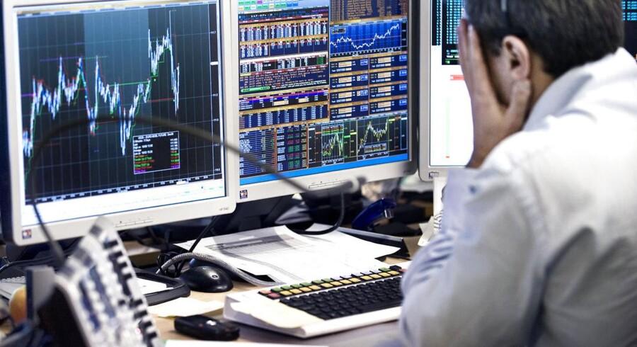 Hvordan beskattes gamle aktier, som gives som arveforskud - og hvordan beregner man overhovedet gevinsten?