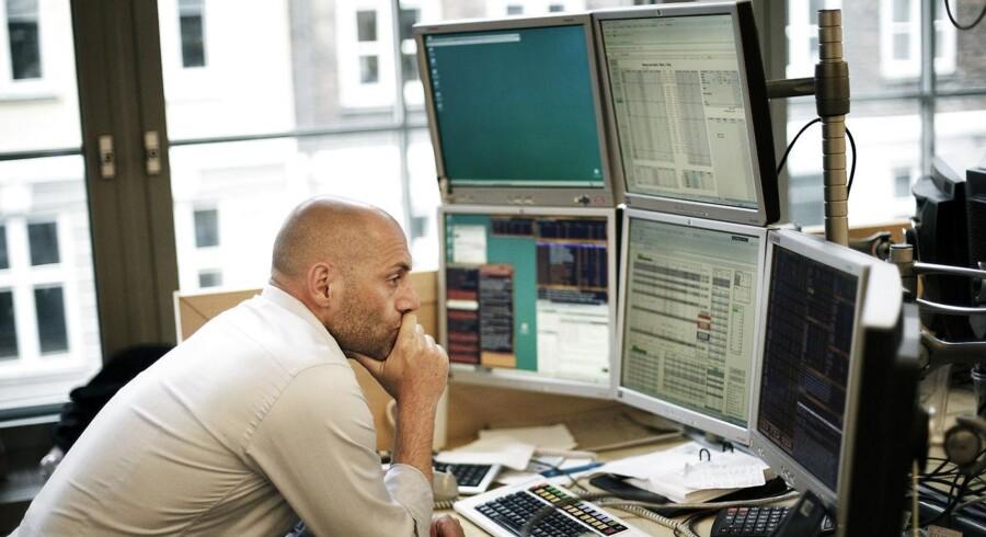 »De store reaktioner kommer, når investorer bliver taget lidt på sengen. Men nok mest, når de negative nyheder kommer. Det gælder for farmaselskaber, når de må tilbagekalde et produkt,« siger chef for aktieanalyse hos Sydbank, Bjørn Schwarz.