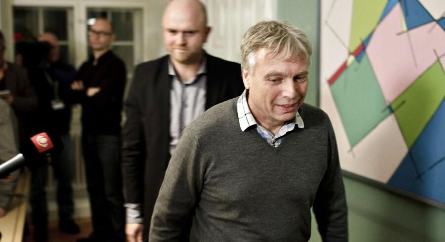 Uffe Elbæk går som kulturminister.